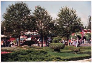 Vos vieilles photos du Resort - Page 15 Mini_370731M50
