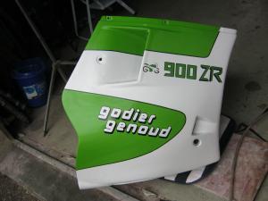 restauration d'un 900/1100 ZR godier genoud - Page 9 Mini_375089247