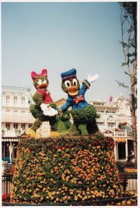 Vos vieilles photos du Resort - Page 15 Mini_412554FF24