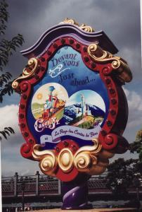 Vos vieilles photos du Resort - Page 15 Mini_418547M189