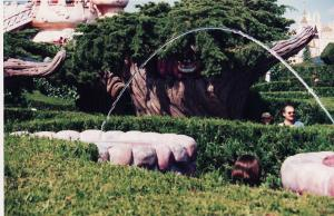 Vos vieilles photos du Resort - Page 15 Mini_455979M218