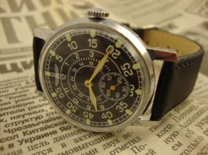 montre type aviateur Mini_463346pobedamontre2
