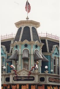 Vos vieilles photos du Resort - Page 15 Mini_481409L162