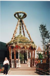 Vos vieilles photos du Resort - Page 15 Mini_499425FF27