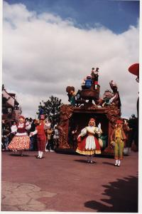 Vos vieilles photos du Resort - Page 15 Mini_531355PA16