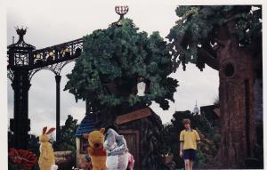 Vos vieilles photos du Resort - Page 15 Mini_553045WSA8