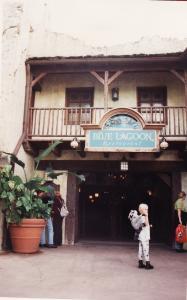 Vos vieilles photos du Resort - Page 15 Mini_574810A258