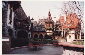 Vos vieilles photos du Resort - Page 15 Mini_578481M13