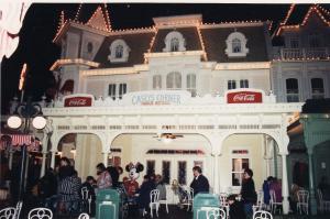 Vos vieilles photos du Resort - Page 15 Mini_640324L20