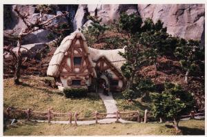Vos vieilles photos du Resort - Page 15 Mini_660437M56