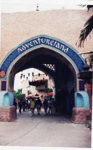 Vos vieilles photos du Resort - Page 15 Mini_730113A63