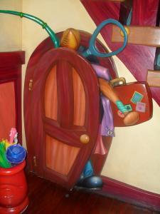 Disneyland Resort: Trip Report détaillé (juin 2013) - Page 2 Mini_734372FFFFFFFFFFFFFFFFFFFFFF