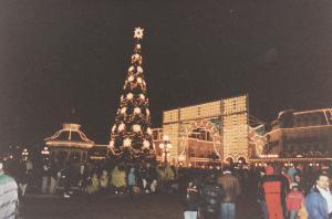 Vos vieilles photos du Resort - Page 15 Mini_759798L122