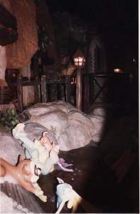 Vos vieilles photos du Resort - Page 15 Mini_766424M144
