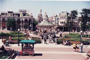 Vos vieilles photos du Resort - Page 15 Mini_788328L1