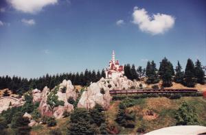 Vos vieilles photos du Resort - Page 15 Mini_795932M198