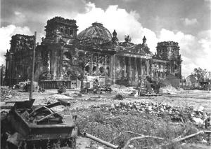 La bataille de Berlin. - Page 2 Mini_812431reichta