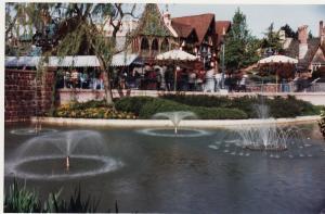 Vos vieilles photos du Resort - Page 15 Mini_818770FF15