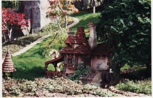 Vos vieilles photos du Resort - Page 15 Mini_822257M94