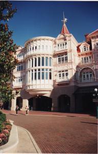 Vos vieilles photos du Resort - Page 15 Mini_825477H62