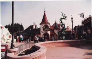 Vos vieilles photos du Resort - Page 15 Mini_839491M10