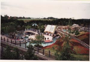 Vos vieilles photos du Resort - Page 15 Mini_886561M39