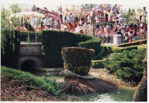 Vos vieilles photos du Resort - Page 15 Mini_904393FF10
