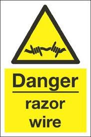 Warning, barbelé au Jaffar! Mini_904907download