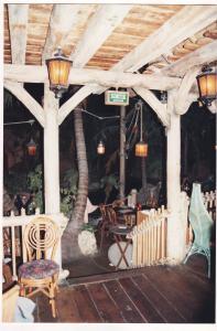 Vos vieilles photos du Resort - Page 15 Mini_905686A257