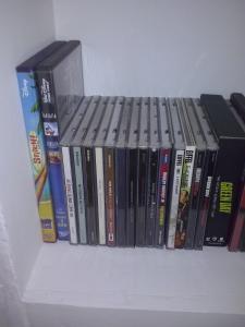 [Photos] Postez les photos de votre collection de DVD et Blu-ray Disney ! - Page 37 Mini_906232CAM00543