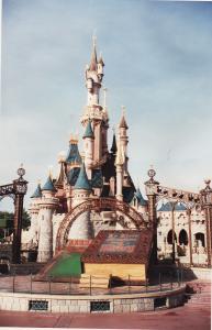 Vos vieilles photos du Resort - Page 15 Mini_962862M126