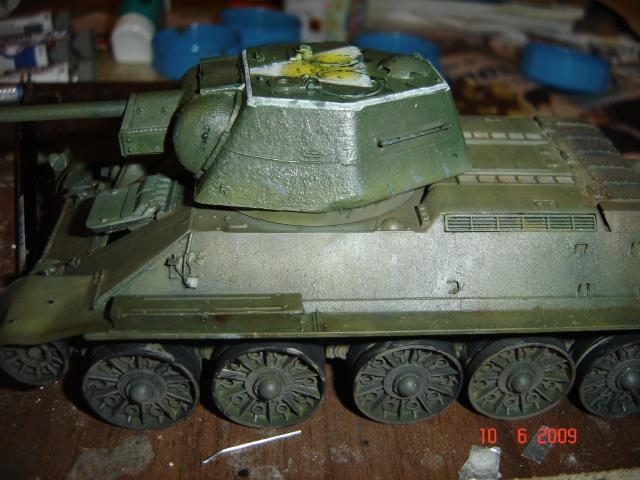 T-34 modèle 43 [Zvesda/Revell 1/35e] 104309T_34_vieillissement__5_