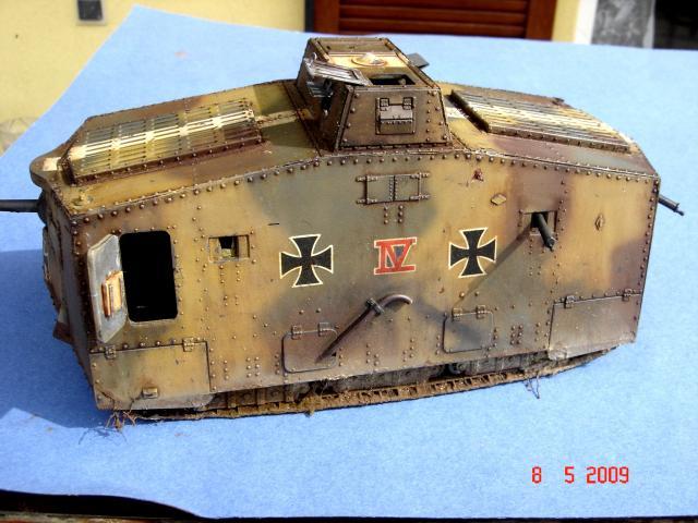 A7V [TAURO MODEL 1/35e] Le premier Panzer - Page 2 13183mai_2009__13_M
