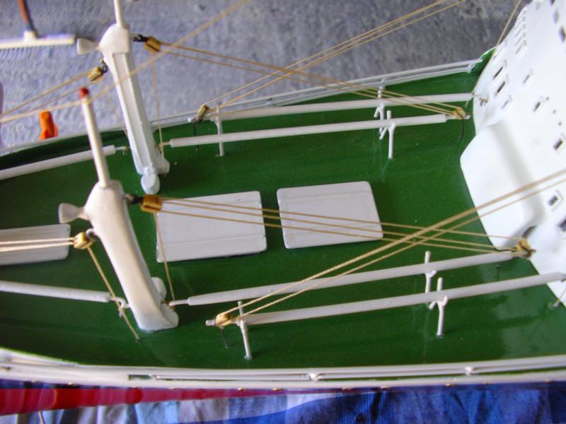 Paquebot France (New Maquettes 1/200°) par Henri - Page 8 136231IMGP1020