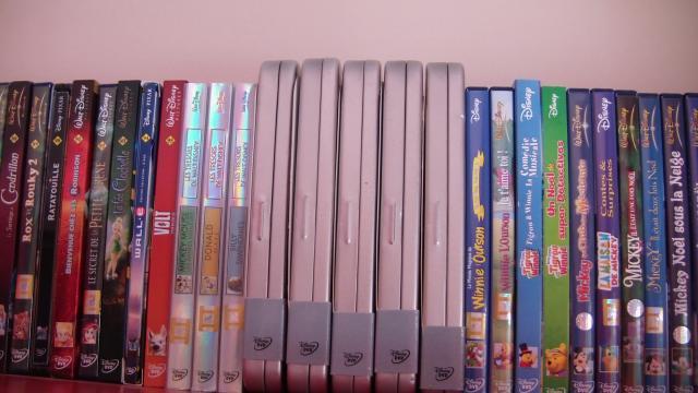 Postez les photos de votre collection de DVD Disney ! - Page 38 150697CAM_0125