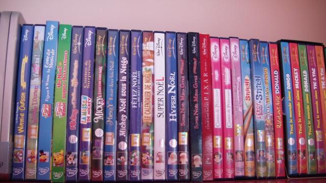 Postez les photos de votre collection de DVD Disney ! - Page 38 179958CAM_0126