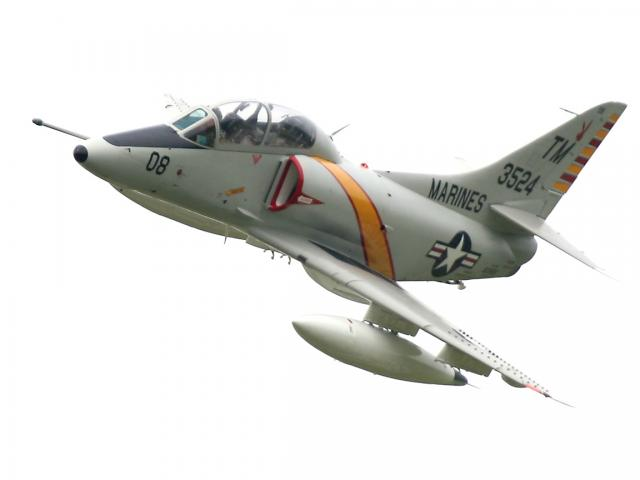DOUGLAS A-4 SKYHAWK 196054TA_4J