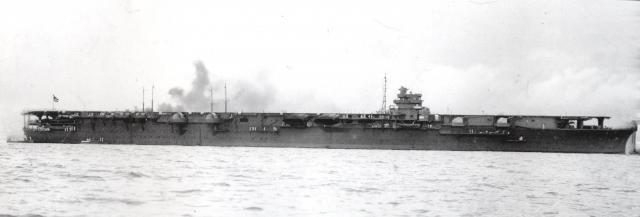 DKM Graf Zeppelin [revell 1/720] - Page 2 302193Japanese_aircraft_carrier_shokaku_1941