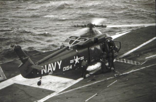 KAMAN H-2 SEASPRITE 329236UH_2C_USS_Hancock_1968_1969