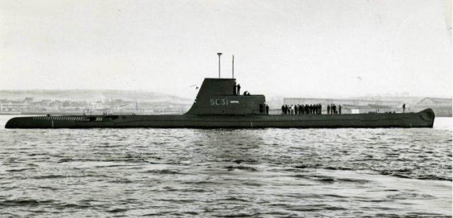 FRANCE SOUS MARINS CLASSE NARVAL 331876Narval_Cherbourg_1956