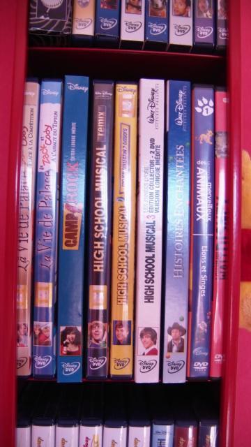 Postez les photos de votre collection de DVD Disney ! - Page 38 370275CAM_0133