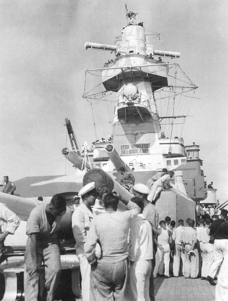 L'admiral Graf Von Spee - Page 2 513362admiral_graf_spee_22