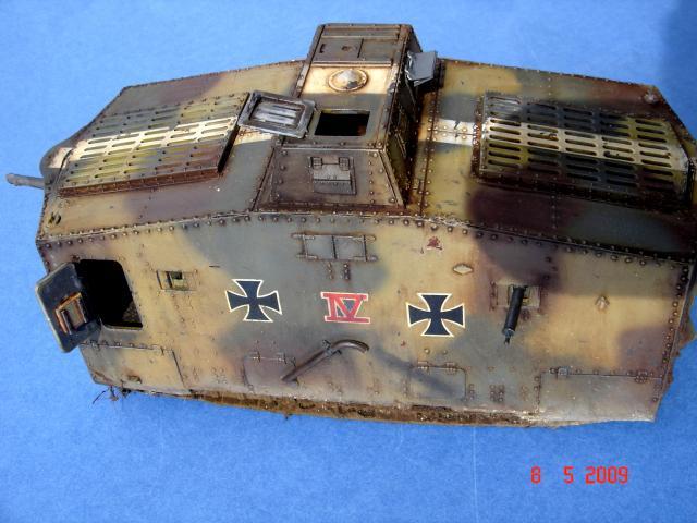 A7V [TAURO MODEL 1/35e] Le premier Panzer - Page 2 693042mai_2009__24_M
