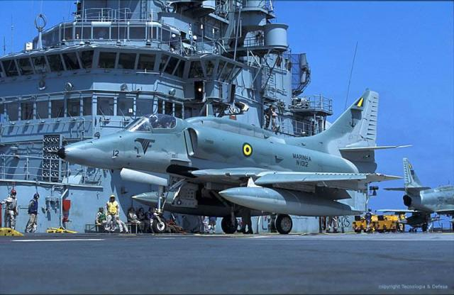 DOUGLAS A-4 SKYHAWK 696405A4_Skyhawk_7