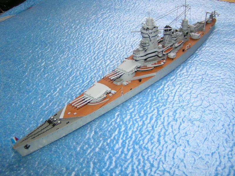 Croiseur de bataille Strasbourg au 700 en résine 814751PICT0027