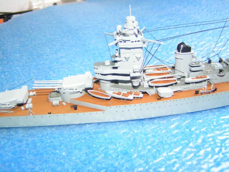 Croiseur de bataille Strasbourg au 700 en résine 906261PICT0029