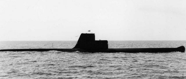 FRANCE SOUS MARINS CLASSE NARVAL 914650Dauphin_Lorient_aout_1961