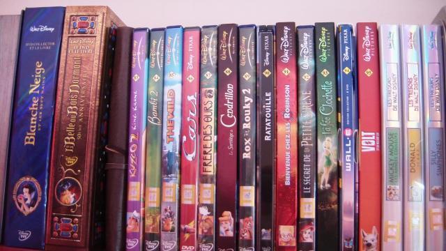 Postez les photos de votre collection de DVD Disney ! - Page 38 937250CAM_0124