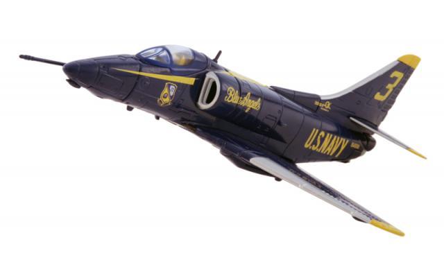 DOUGLAS A-4 SKYHAWK 968245Blue_Angel