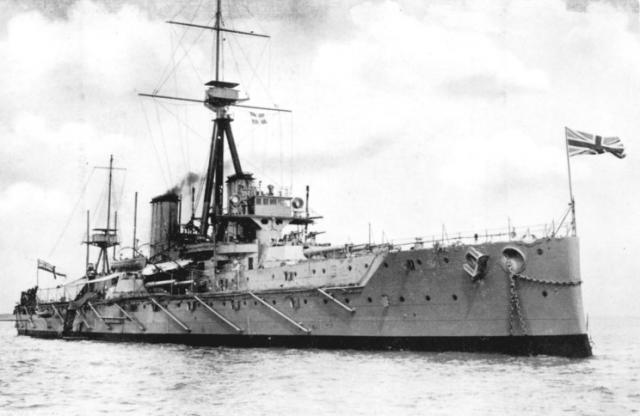 ROYAL NAVY CUIRASSES CLASSE REVENGE 990523HMS_Dreadnought_1910